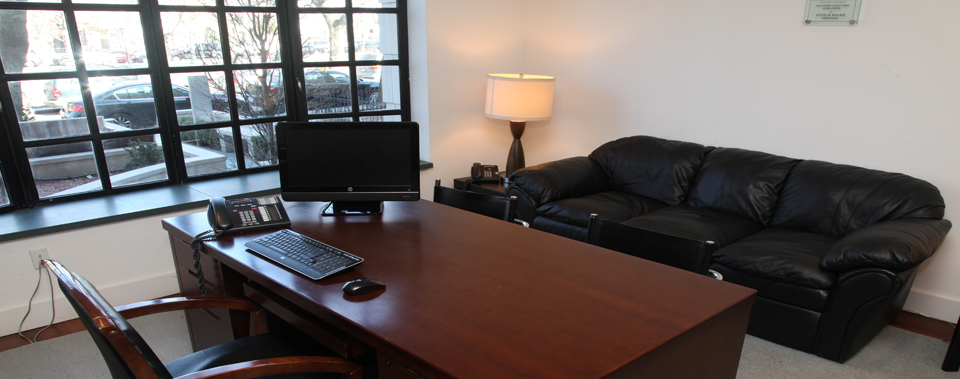 Private Guest Office at the Shluchim Center